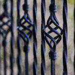 Nowoczesne ogrodzenia dla budynku ma istotność na bezpieczeństwo